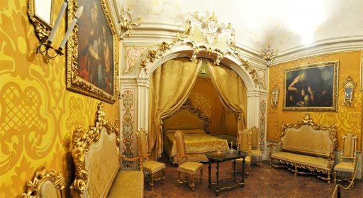 Tozzoni Palace